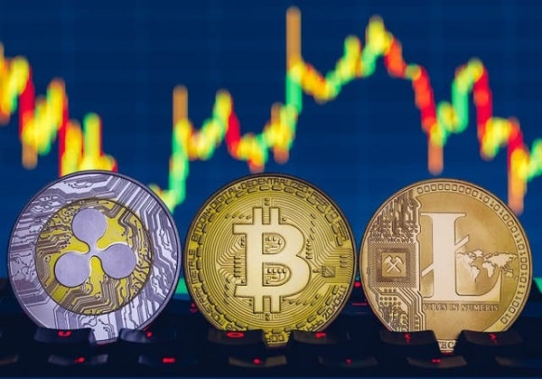 Bitcoin's risks and prospects - a forecast